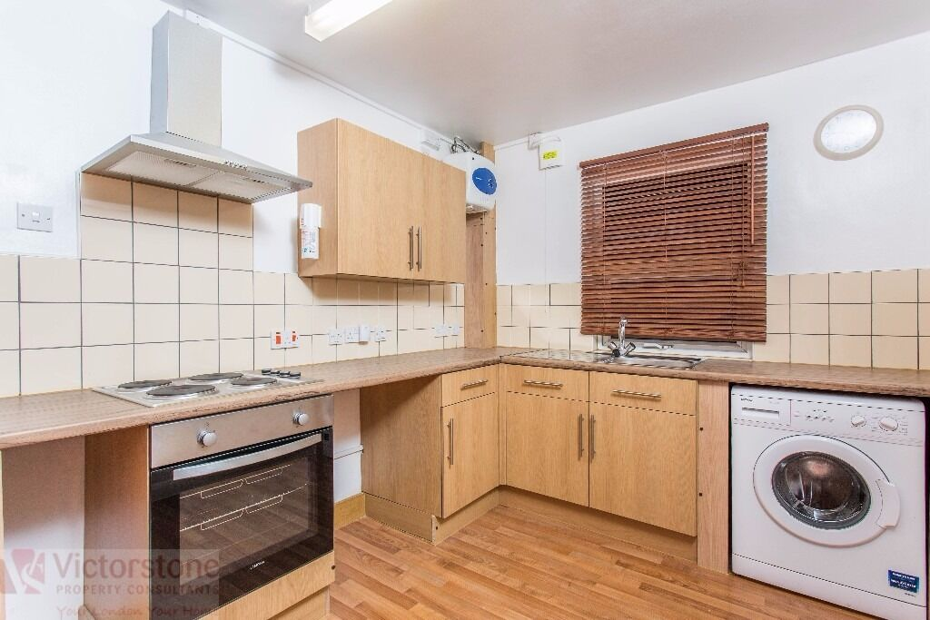 MUST SEE ONE BEDROOM APARTMENT IN HAGGERSTON KINGSLAND ROAD VERY GOOD VALUE FOR MONEY