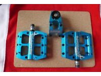 Superstar nano pedals and wake stem both in matching anodized blue like new