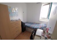 Stunning Double Bedroom Available In Stepney Green, E1