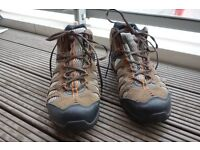 Merrell Men's Mid Hiker walking boots - size 11 UK - excellent condition