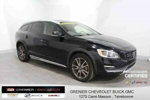 2015 Volvo V60 T5 AWD CROSS COUNTRY *CUIR + TOIT  OUVRANT*