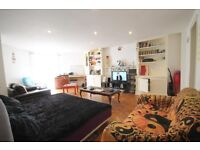 A WELL PRESENTED (two) BED/BEDROOM FLAT - FINSBURY PARK - N4