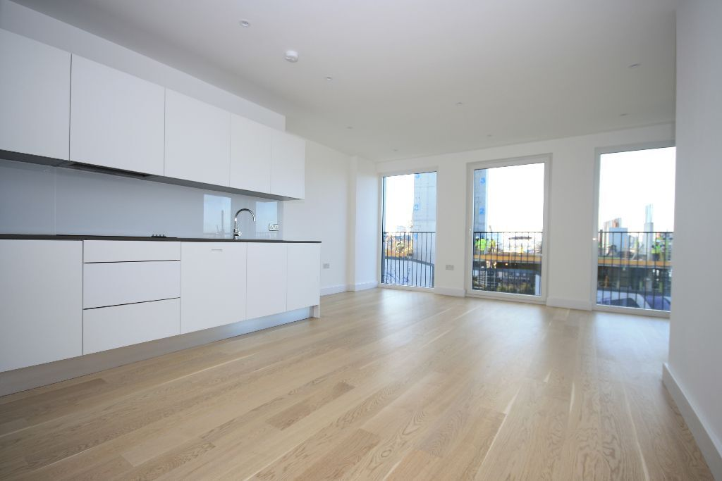 A luxurious Thames-side development in Royal Arsenal, stunning two double bedroom apartment