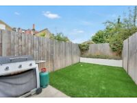 *!* Superb throughout *!* Modern and bright throughout, perfect for a family, in East Dulwich!