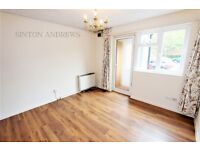 1 bedroom flat in Clementine Close, Ealing, W13