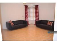 2 bedroom flat in Sopwith Drive, Manchester, , M14 (2 bed)