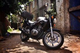 Honda CB 500 S - Excellent bike (low mileage!)