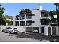 ***ABSOLUTLEY LOVELY PLACE TO LIVE IN CYNCOED***