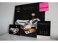 Arctic Monkeys Tranquility Base Hotel + Casino RARE GOLD Limited Vinyl + Artwork