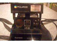 Polaroid Sun660 Autofocus SE camera and case