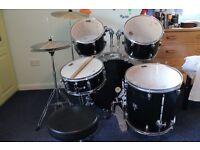 Drum kit for beginners £110