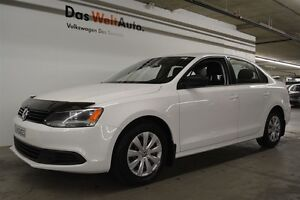 2013 Volkswagen Jetta 2.0L Trendline+, A/C, HEATED SEATS, ONE OW