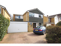 4 bed detached house for rent in Enfield