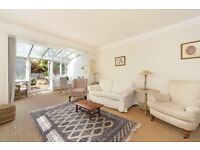 Charming 3 Double Bedroom Garden Flat - Gorgeous Interior - £600pw- In Heart of Parsons Green SW6