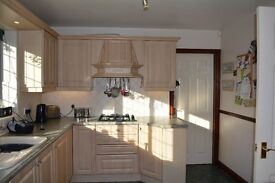 Kitchen & Utility Units with Fitted Appliances - Second Hand