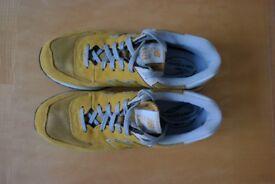 unworn New Balance trainers size 11uk 45.5 Euro