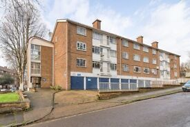AVAILABLE NOW - 2 Bedroom Apartment to Rent in Eliot Park