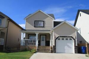 HOUSE IN PANORAMA RIDGE FOR RENT