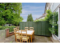 Selection of Double Rooms in a house share with other professional near Whetstone N20 0DD