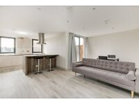 Newly Refurbished Modern 2 Bed, 2 Bath Apartment With Balcony Ideal For Sharers Must Have A Look