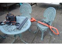 FLYMO SABRE CUT CORDLESS TELESCOPIC HEDGE TRIMMER