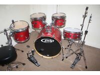 "PDP Pacific (DW) FS Series Matt Red 5 Piece Full Drum Kit (22"" Bass) including complete Cymbal Set"