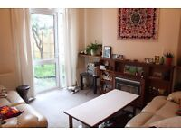 Large double room in friendly house near Moseley
