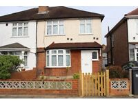 TO LET 3/4 Bed Semi detached HOUSE Harlington Road West, TW14
