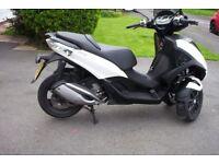 016/66 piaggio mp3 300cc yourban sport lt