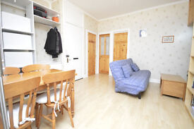 1 Bedroom Flat For Sale - KIRKCALDY Central Location - Perfect for first time buyers or Buy-to-let