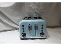 Boxed Morphy Richards Accents Special Edition 4 slot Toaster in Azure Blue.