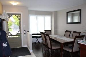 Shadow Wood-3 BEDROOM TOWNHOUSE-BRIDGEPORT NORTH WATERLOO-$1495/