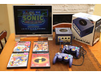 Retro Gaming System NINTENDO GAMECUBE with monitor, games, controllers, cables + memory