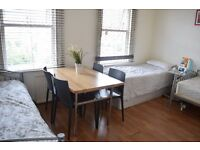 Twin room in Tooting Broadway. Available from 01/09