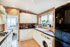 Lovely 3 bedroom house for rent in Plaistow/ Custom House