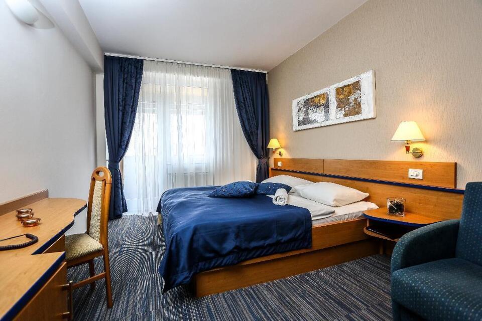 Bis 20% First MInute Rabatt Hotel Drazica, Krk, Krk, Kroatien in Niedersachsen - Braunschweig