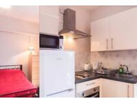 4 bedroom house in the heart of Ealing Common, W3