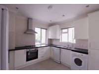 A Bright and Spacious 3 bedroom 2nd floor flat