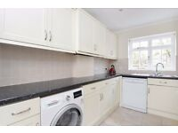 A SPACIOUS TWO DOUBLE BEDROOM GROUND FLOOR GARDEN FLAT ON SALCOTT ROAD, BATTERSEA