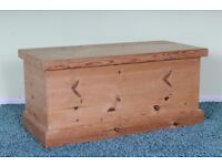 QUALITY SOLID PINE BLANKET BOX DOVETAIL JOINTS WAXED FINISH - CAN DELIVER