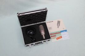 AKG C2000B - Studio Condenser Mic