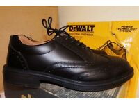 Workwear Clearance Dewalt, Site, Hyena, Stanley, Snickers, Portwest at low prices