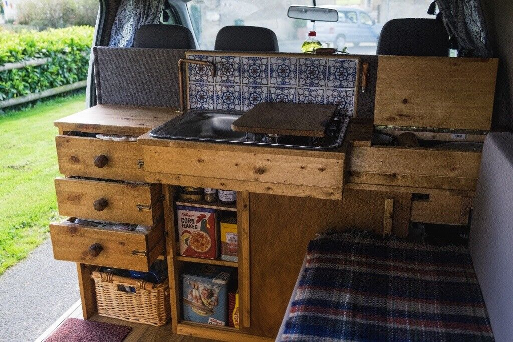 Self Converted Toyota Hiace stealth Campervan - Ready to travel now! Like VW T4 Surf Van