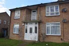 Large 2 double bedroom ground floor flat with private garden