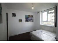 LOVELY LARGE DOUBLE ROOM TO RENT IN ST JOHNS WOOD AREA GREAT LOCATION CLOSE TO THE TUBE STATION.18F