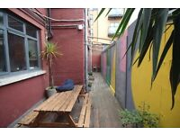 Massive 3 Bed Warehouse Apartment - London Fields - HUGE ROOMS- GAREDN also!