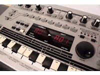Roland MC-303 GrooveBox Synthesizer Drum Machine Sequencer