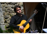 Classical Guitar Teacher-Guitar Lessons-Guitar Tutor (Kianush Robeson BMus Hons) Cardiff, £20 p.h