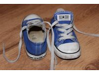 Toddler Converse shoes size 8