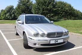 X-TYPE JAGUAR 3.0 SE ESTATE - Top spec, low miles with factory fitted extras - in lovely condition